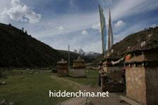 Offroad Vietnam Motorbike Adventures - 18-Day Tibetan Areas Trekking In China. China Trek And Climbing Adventures 18 Days