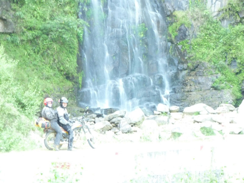 Offroad Vietnam Motorbike Adventures - Ms. Linda Parker's Reviews (England), Big North Vietnam motorcycle tour reviews
