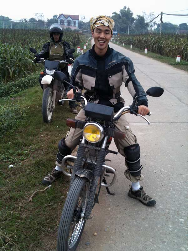 Offroad Vietnam Motorbike Adventures - Mr. Chris Chung's Reviews (Australia), Short Vietnam scooter tour reviews in and around Hanoi