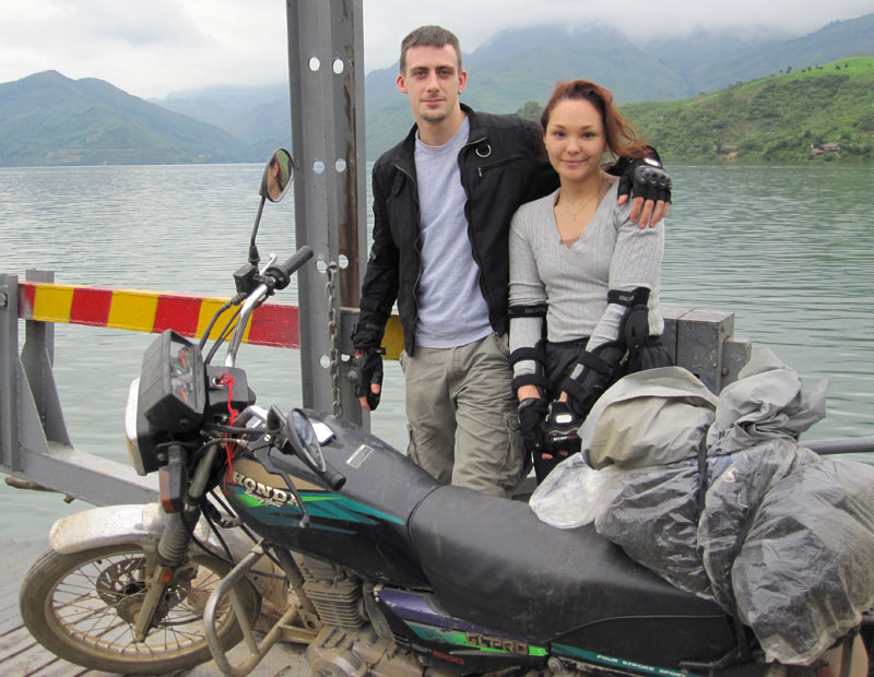 Offroad Vietnam Motorbike Adventures - Ms. Del Llewellyn's Reviews (England), Short Vietnam motorbike tour reviews in and around Hanoi
