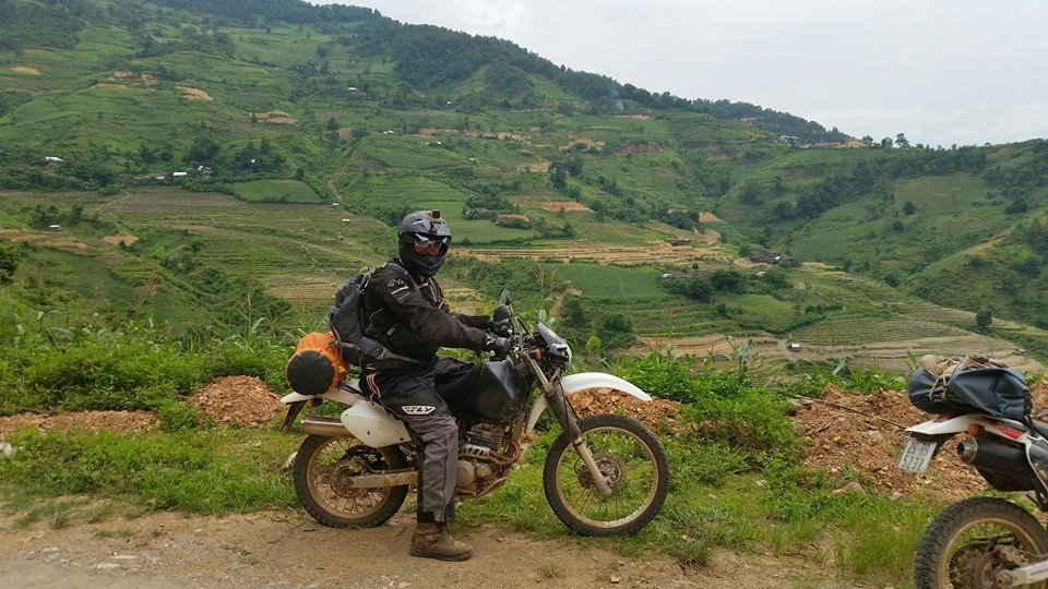 Jeff Fleigner rode Ha Giang on Honda XR250 enduro motorbikes 2014