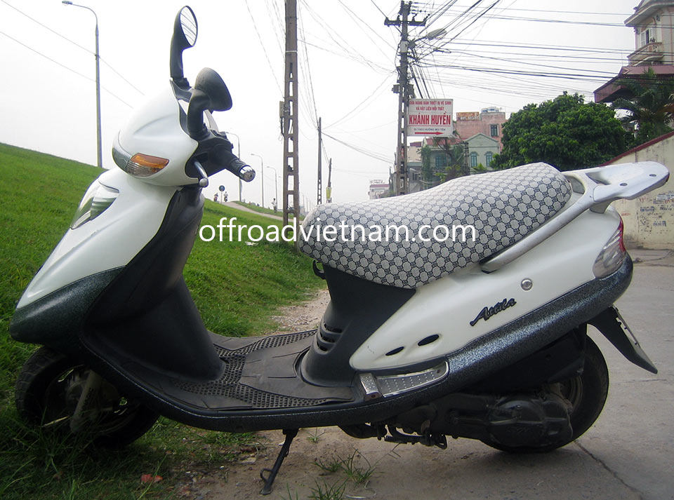 Offroad Vietnam Scooter Rental - SYM Attila 125cc In Hanoi. SYM Attila 125cc, White, Drum brake