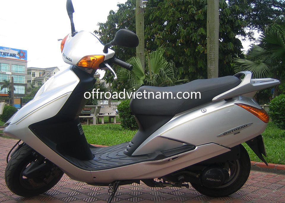 Offroad Vietnam Motorbike Rental - Honda At Stream 125cc Scooter Rental. Honda At Stream 125cc: Honda @ Stream White 125cc With Rear Box