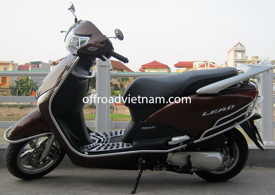 Offroad Vietnam Scooter Rental - Honda Lead 110cc In Hanoi. Brown Honda Lead 110cc Without Rear Box, Front Disc Brake. 2011 version