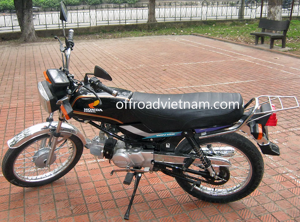Offroad Vietnam Motorbike Adventures - Honda Win 100cc. Honda Win Light Refreshed Sport 100cc Black, Drum brake