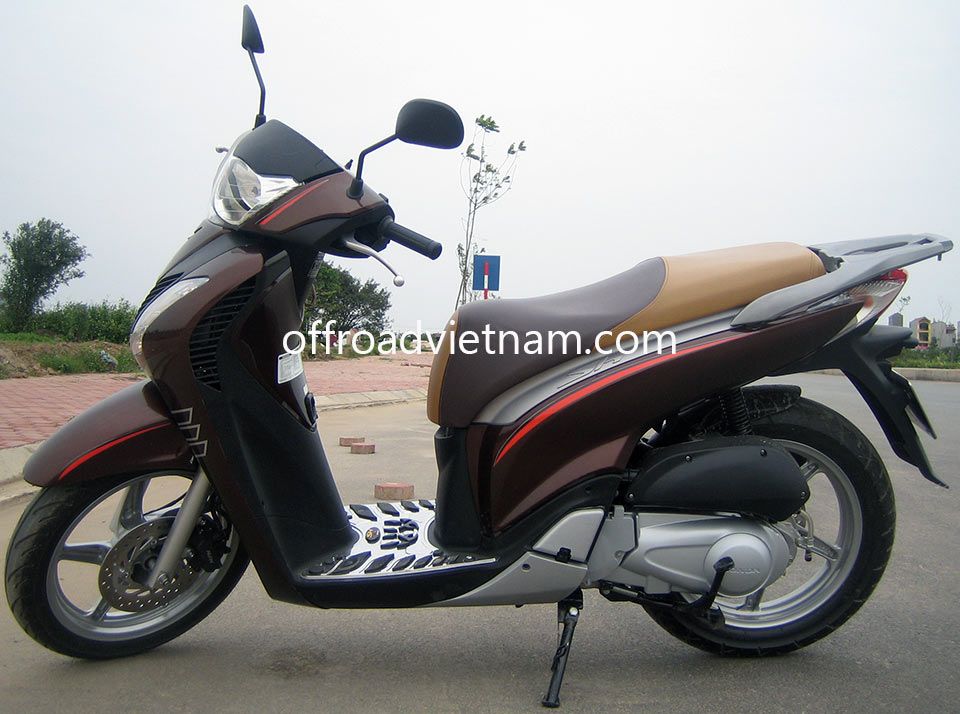 Offroad Vietnam Scooter Rental - Honda SHi 125cc In Hanoi. Honda Shi 125cc brown color full size automatic scooter