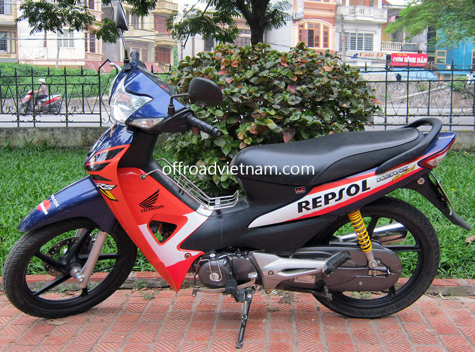 Offroad Vietnam Scooter Rental - Honda Wave RS 100cc Rental In Hanoi. 2005 Honda Wave RSV, RSX, Wave Repsol 100cc Blue, Black, Orange, Disc brake