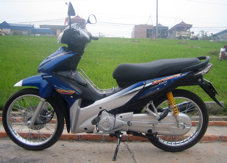 Offroad Vietnam Motorbike Sale - Honda Wave RS 110cc Blue Scooter Sale. Blue, Silver, Black. Front Disc Back Drum Brake