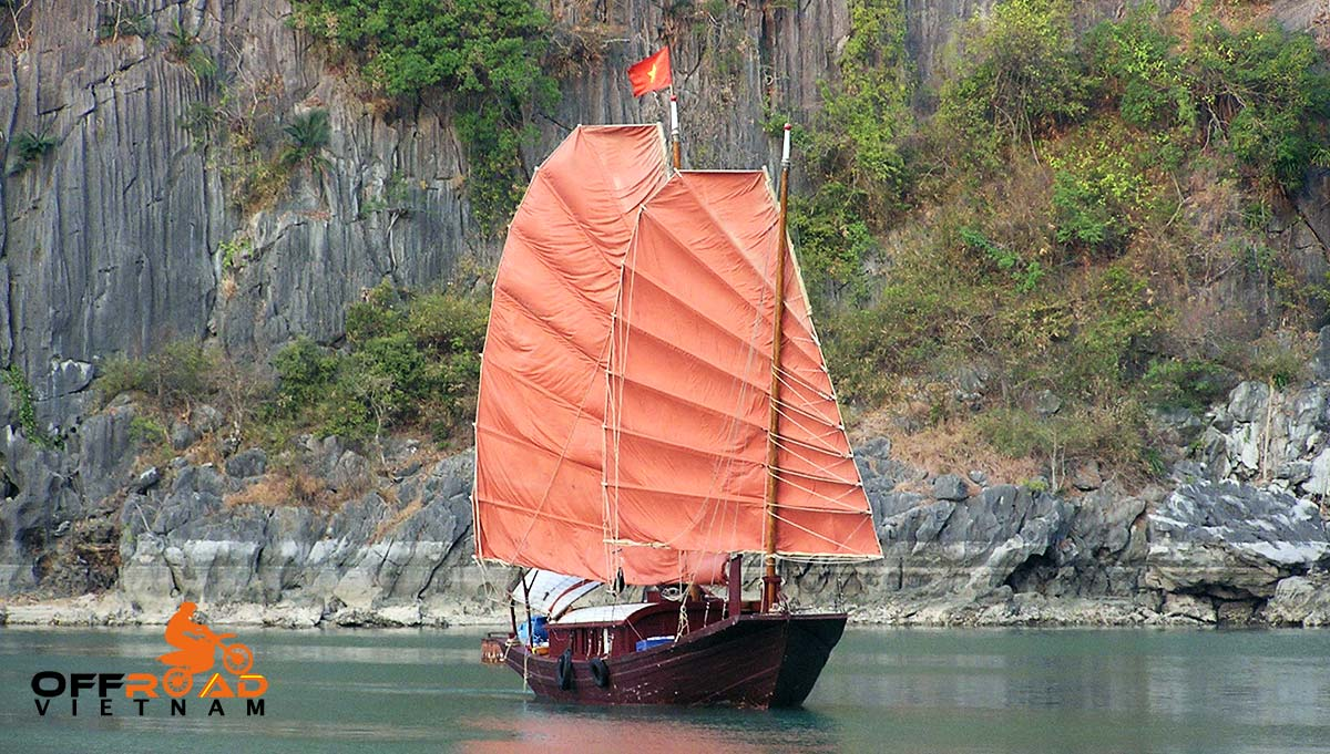 Offroad Vietnam Motorbike Adventures - 6 days motorbike tour Delta & Halong Bay cruise ban traditional junk boat.
