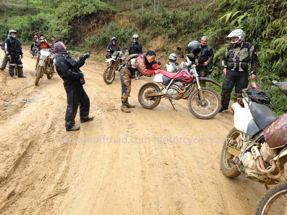 Offroad Vietnam Motorbike Adventures - Central North In 9 Days Motorcycle Tour. Central North, Roof Roads, Middle Roads Motorbike Tours In 9 Days