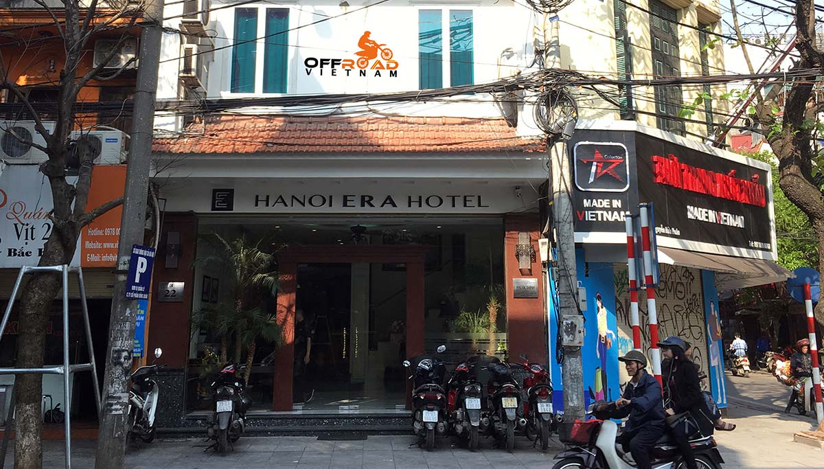 Hotel room reservation in the Old Quarter of Hanoi with Hanoi Era Hotel.