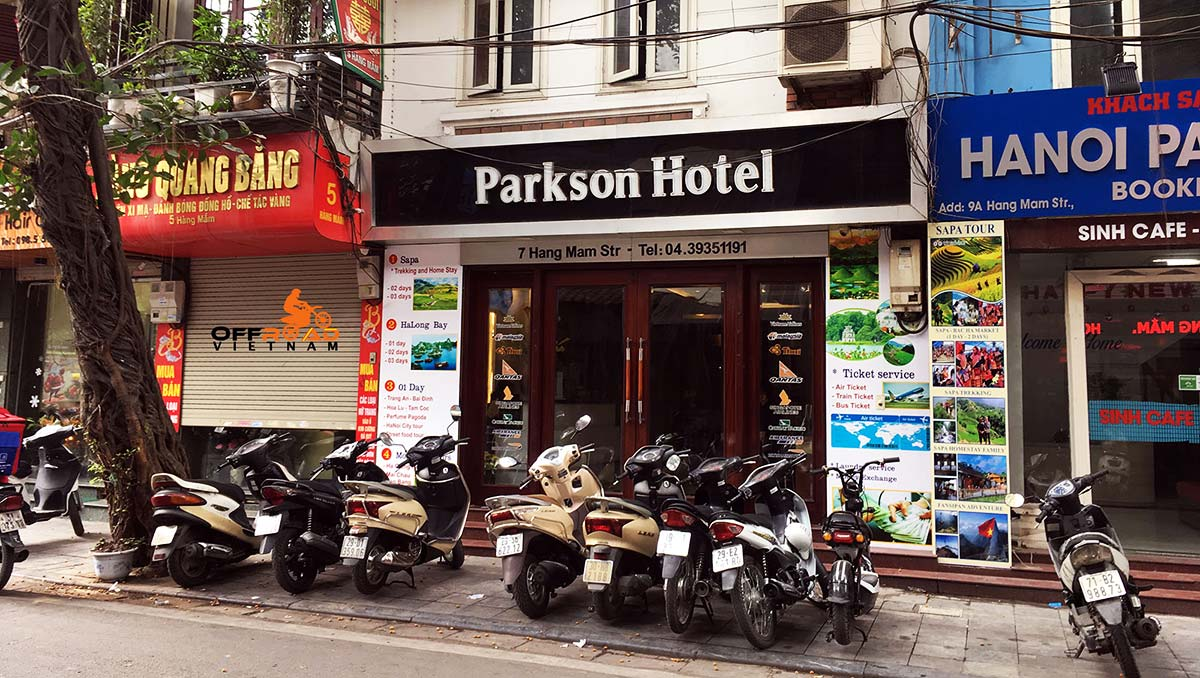 Hotel room reservation in the Old Quarter of Hanoi with Hanoi Parkson Hotel