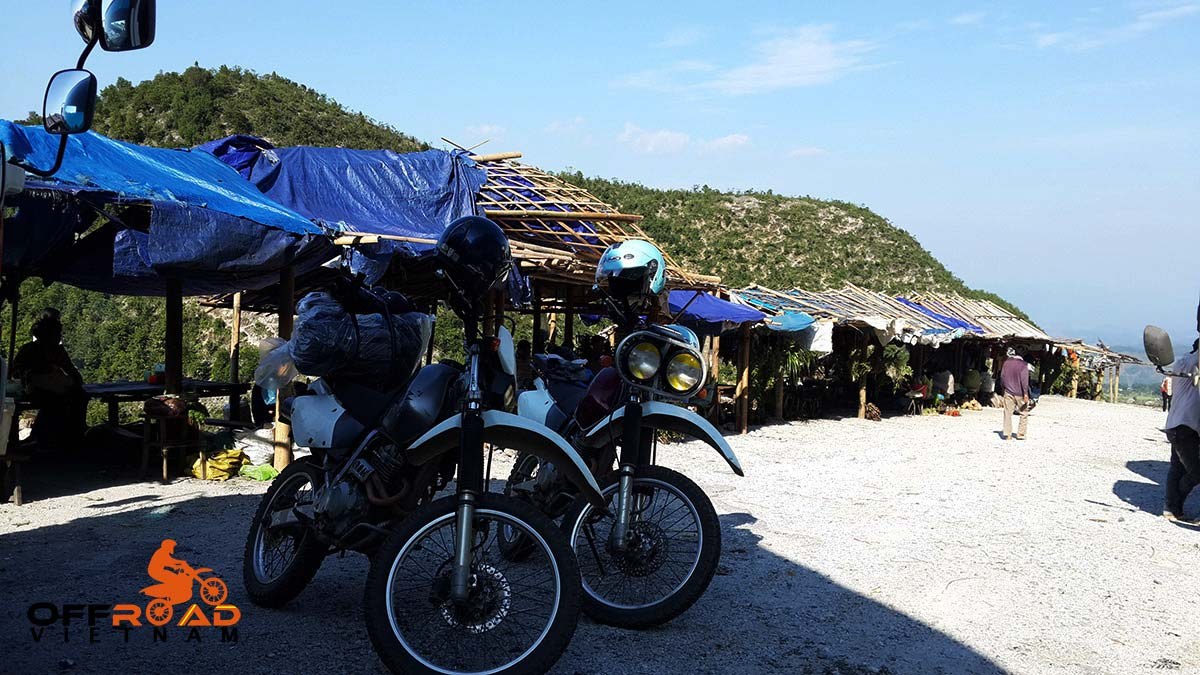 Offroad Vietnam Motorbike Adventures - Best North Centre motorbike tour 3 days to Vu Linh and Mai Chau. Homestaying experience.
