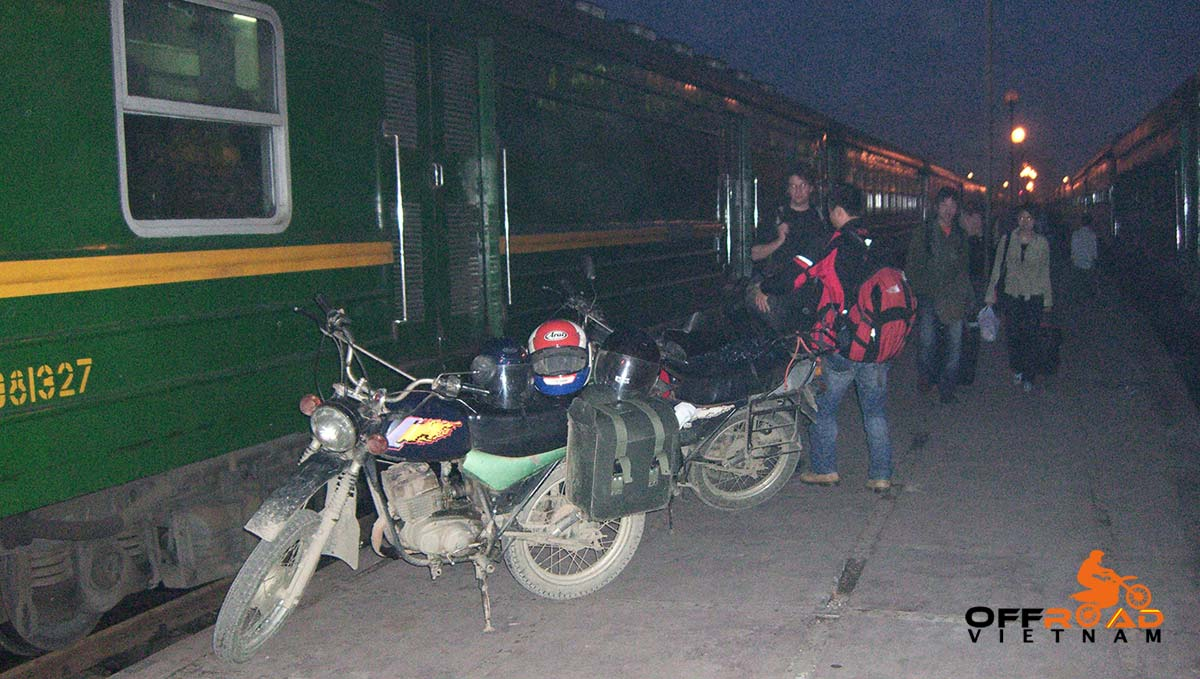 Offroad Vietnam Motorbike Adventures - 3 Days Big North By Train Motorcycling. Train From Hanoi To Lao Cai.