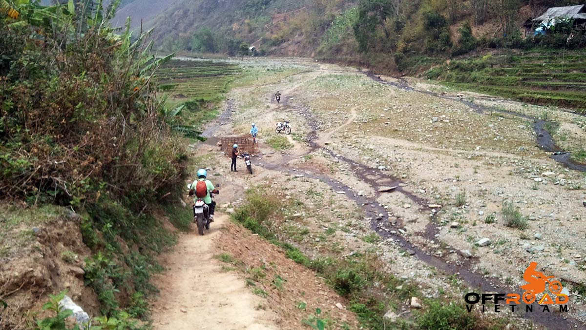 Offroad Vietnam Motorbike Adventures - Challenging 4 Days Big North Motorbiking. For Experienced Riders Only, riding to Hang Kia.