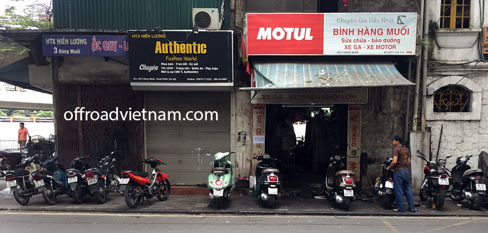 Offroad Vietnam Motorbike Adventures - Services For Your Bikes In Hanoi: Binh motorcycle, motorbike and scooter repair shop in Hanoi. Sua chua xe may o Hanoi
