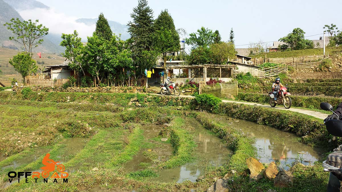 Challenging Grand North loop in 14 days. Sapa Vietnam motorcycle tours on a big North trip 14 days.