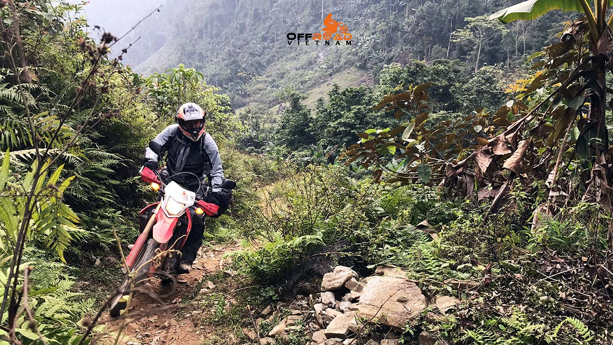 Offroad Vietnam Motorbike Adventures - Challenging Northeast in 4 days by bike via Ba Be lake. Long ride