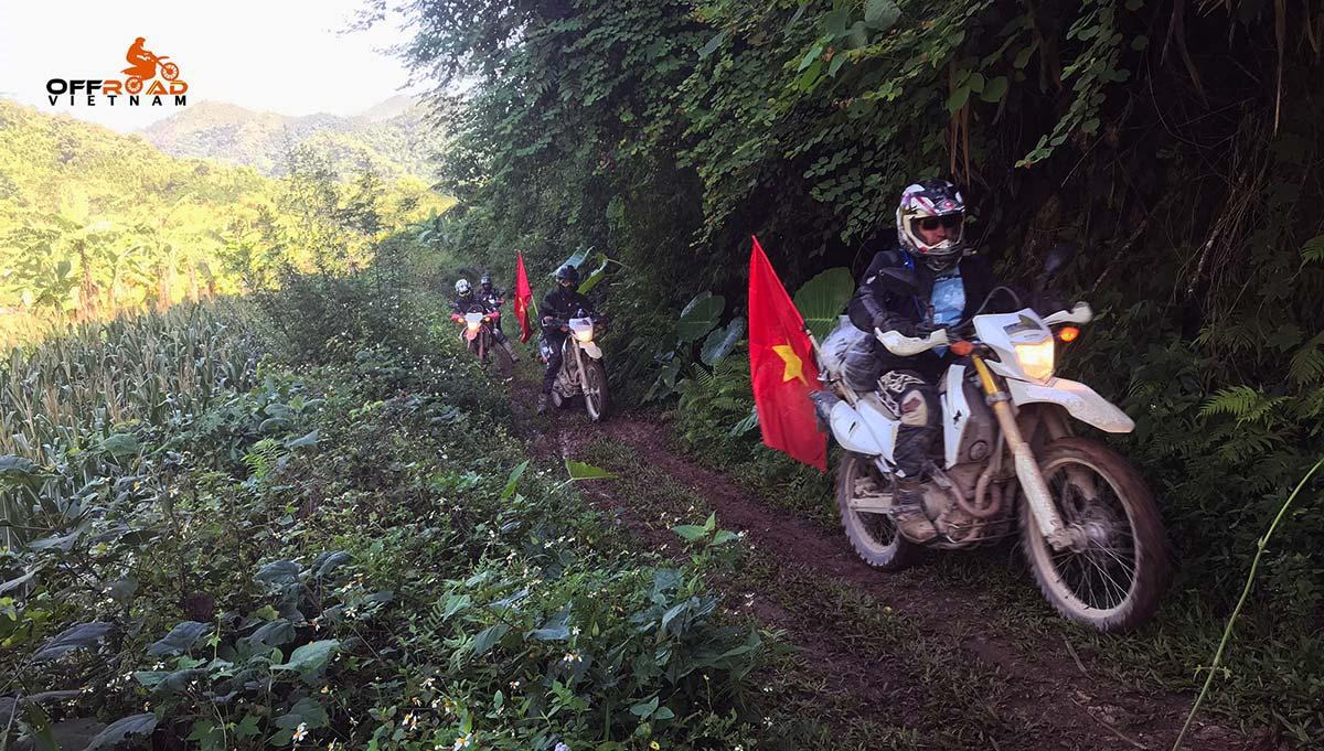 Offroad Vietnam Motorbike Adventures - Very challenging Northwest 4 days motorbiking via Son La.