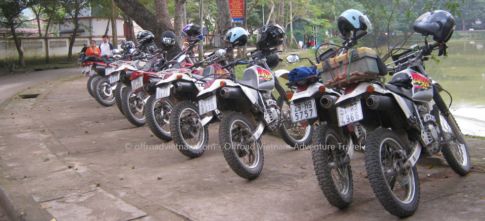 Offroad Vietnam Dirt Bike Rental - Rent Dirt Bikes XR250, XR150, XR125 In Hanoi: Offroad Vietnam off-road motorbike & motorcycle rentals. Dirt bike hire in Hanoi