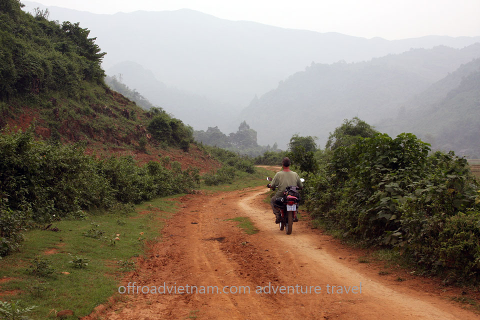 5 Days North East Motorcycling Vietnam. Na Khan & Ba Be, Vietnam 5 Days North East Motorcycling Travel