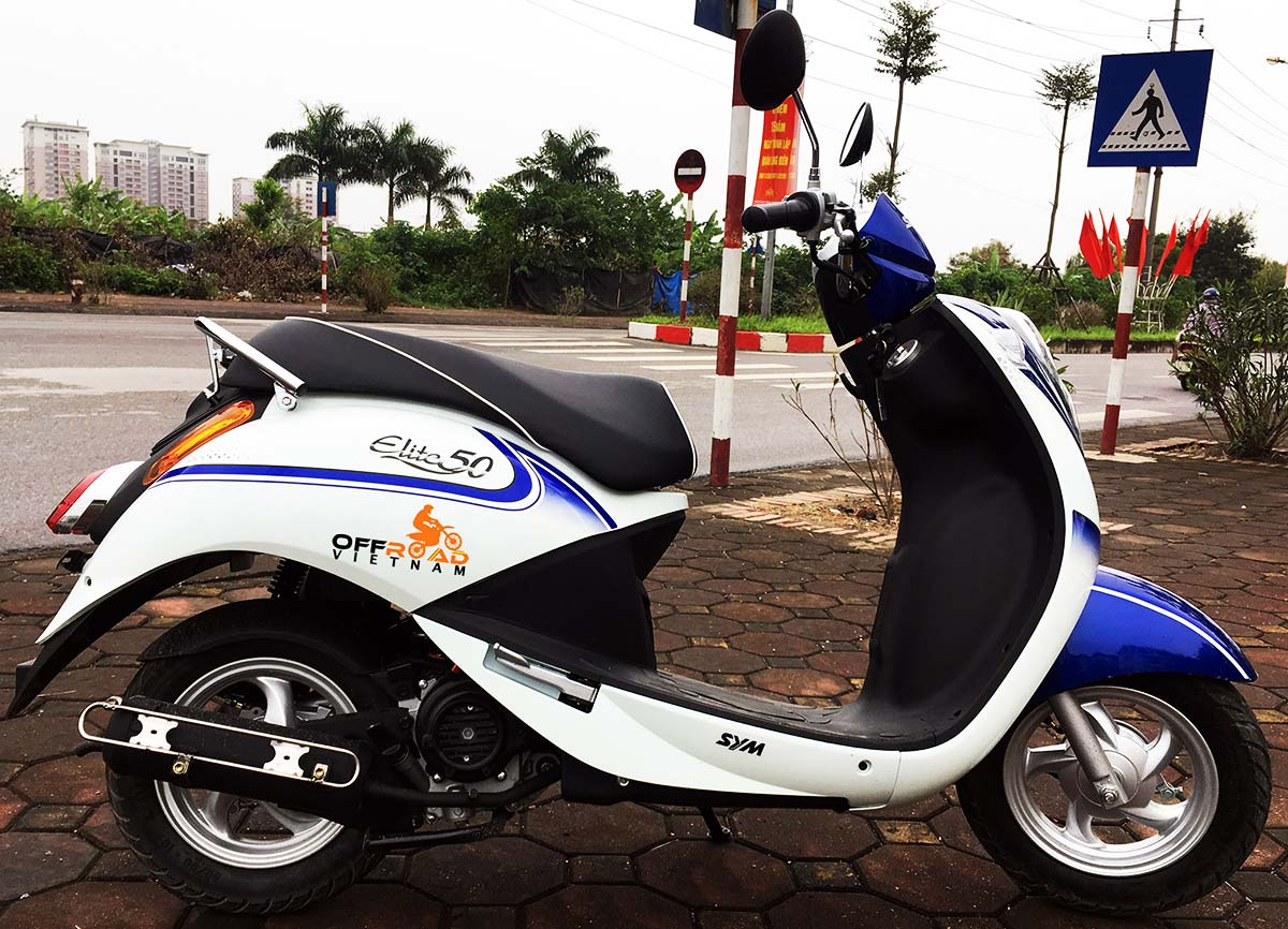 Offroad Vietnam Motorbike Adventures - Rent 50cc Motorbikes & Scooters Rentals In Hanoi. Offroad Vietnam provides moped scooter tours and rentals in Hanoi. This is a 2018 blue SYM Elite automatic scooter 50cc from right