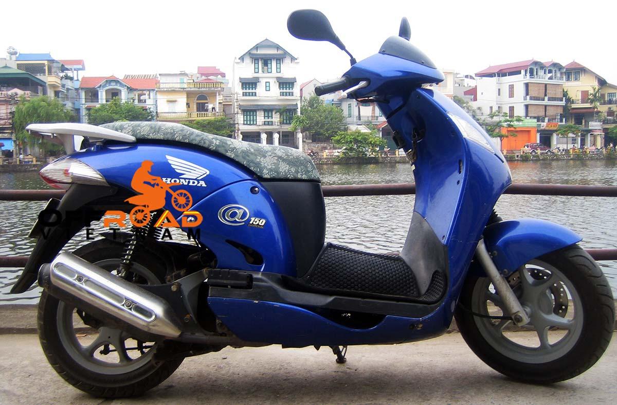 Offroad Vietnam Motorbike Rental - Honda At 125cc Full Size Scooter Rental. Honda @ 125-150cc Blue, White, Black, Disc brake