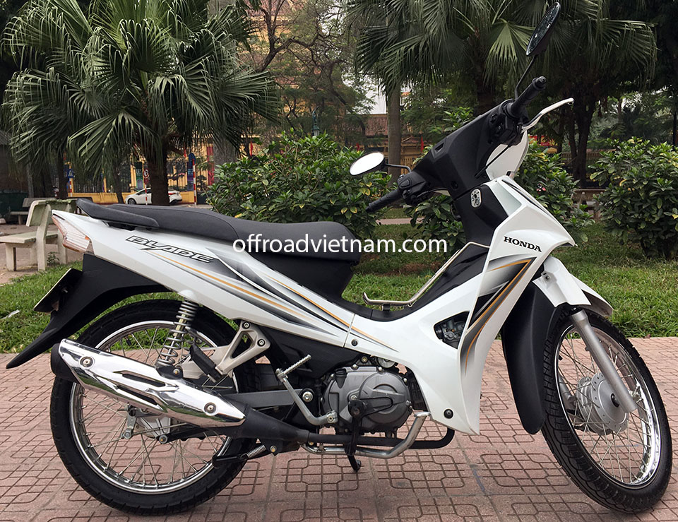 Offroad Vietnam Scooter Rental - Honda Blade 110cc for rent In Hanoi, 2015 model