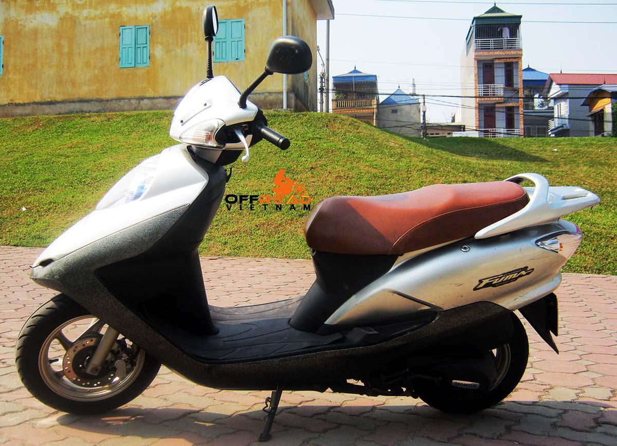 Offroad Vietnam Scooter Rental - Honda Fuma 125cc In Hanoi.