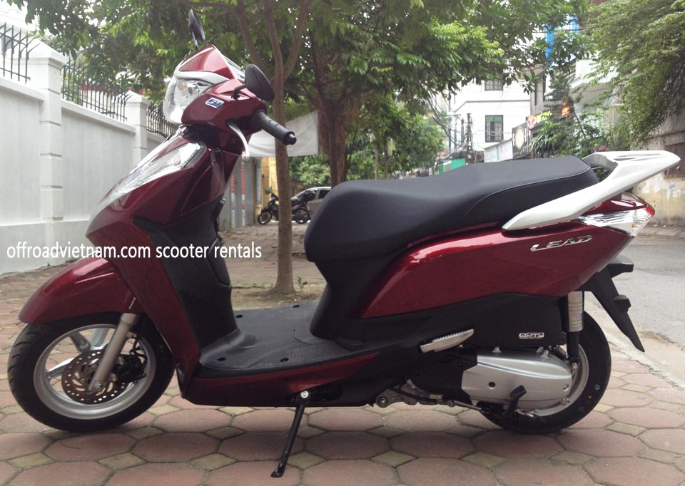 Offroad Vietnam Scooter Rental - Honda Lead 125cc In Hanoi. Honda automatic scooter, red Honda Lead 125cc without stainless steel protection frame.