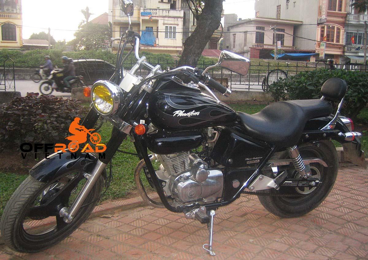 Offroad Vietnam Motorbike Adventures - Honda Phantom 200cc. Honda Phantom 200cc Black, front and back Disc brake