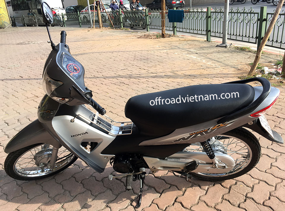 Offroad Vietnam Scooter Rental - The All New Honda Wave Alpha Series 100cc, silver color, front and back drum brakes