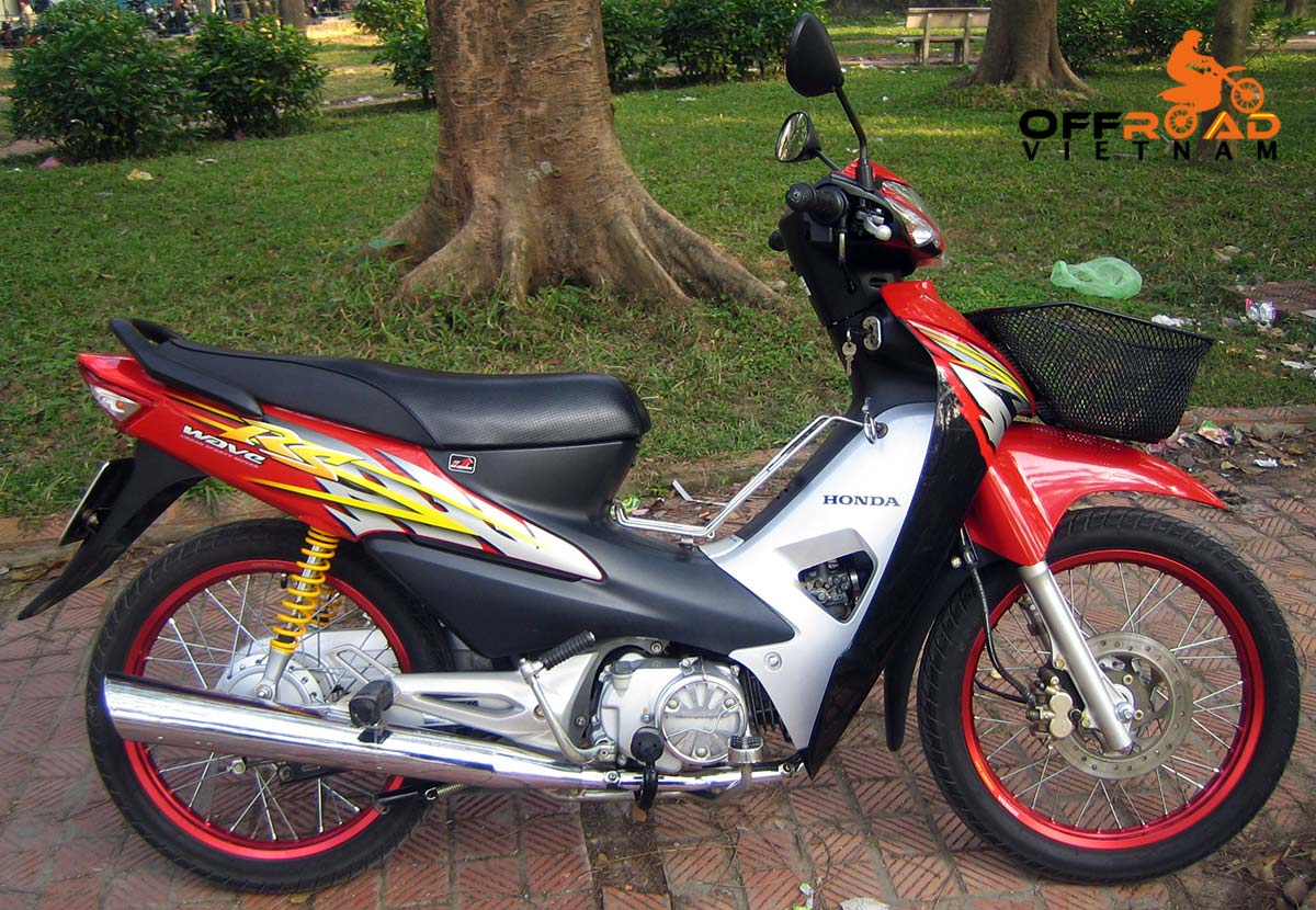 Offroad Vietnam Scooter Rental - Other 100cc Series Scooter Rentals. Honda Wave RS 100cc Red, Disc brake