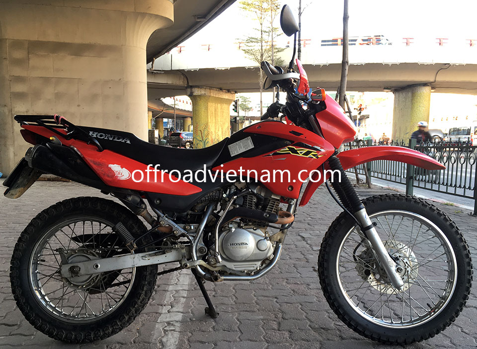 Offroad Vietnam Dirt Bike Rental - Honda XR125/150 150cc In Hanoi. 2013 Honda dirt (trail) bike Honda XR125 125cc Red, front disc brake, back drum brake