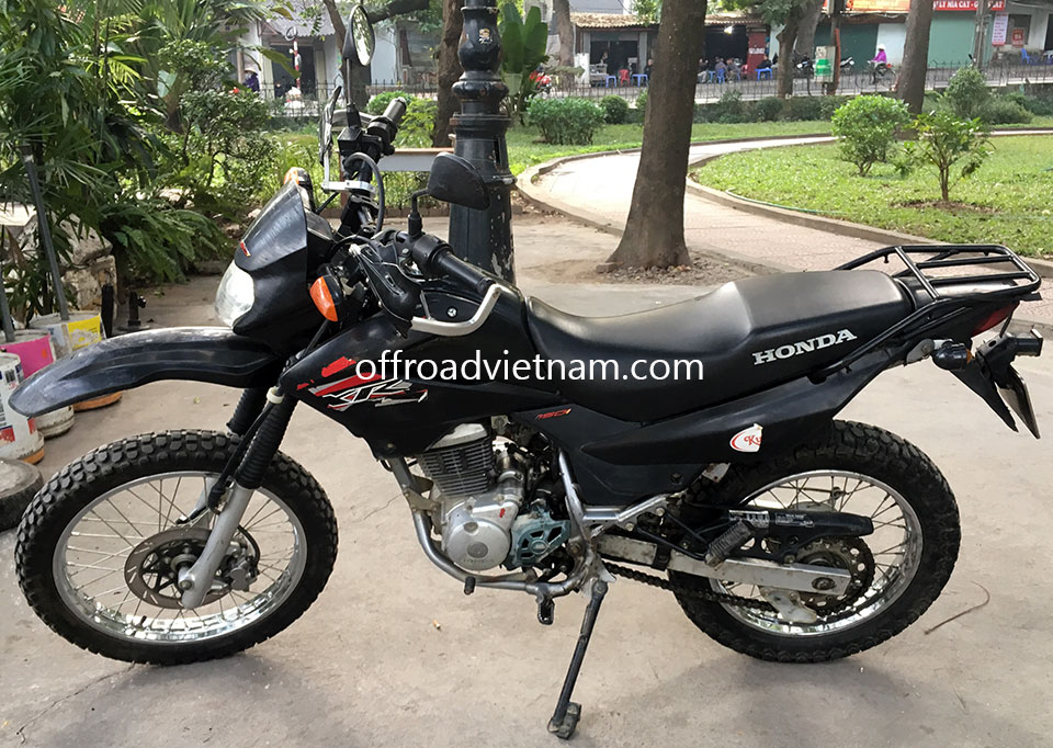Offroad Vietnam Used Scooters For Sale In Hanoi - 2013 black dirt bike used Honda XR125 150cc for sale in Hanoi