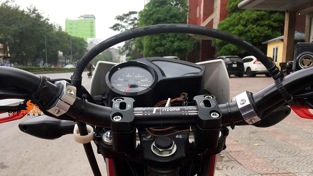 Offroad Vietnam Dirt Bike Rental - Honda XR125 150cc In Hanoi. Raised handle bar.