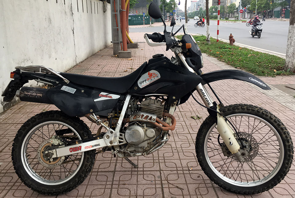Offroad Vietnam Used Dirt Bikes For Sale In Hanoi - 2003 black dirt bike used Honda XR250L 250cc for sale in Hanoi, Vietnam