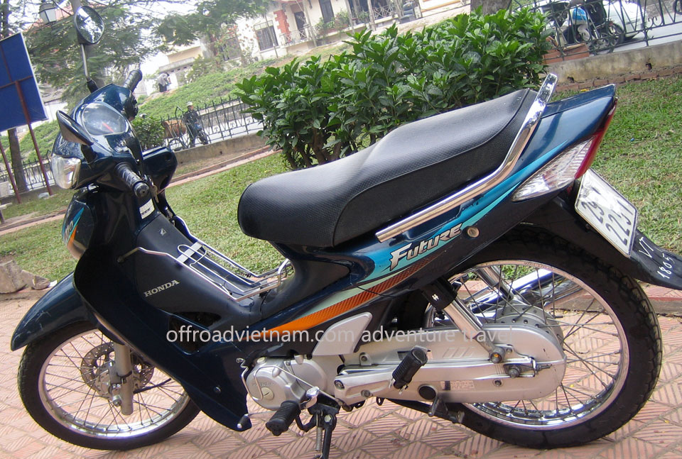 Offroad Vietnam Scooter Rental - Honda Future 110cc Rental In Hanoi. Honda Future 110cc Blue, Spoke wheel, Disc & Drum brakes