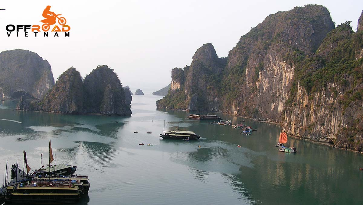 Offroad Vietnam Motorbike Adventures - Middle Roads & Halong Bay cruise in 6 days by motorbike.