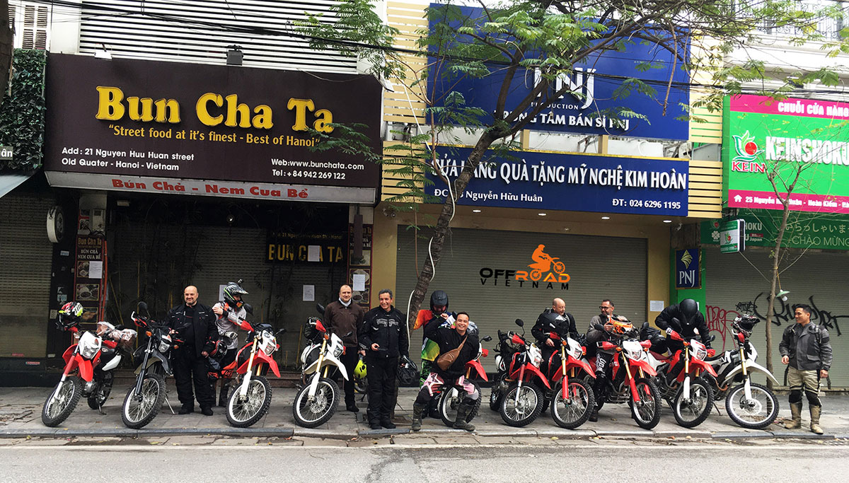 Offroad Vietnam motorcycle rentals. Off-road motorbikes, sport touring and manual clutch touring for long trips from Hanoi.