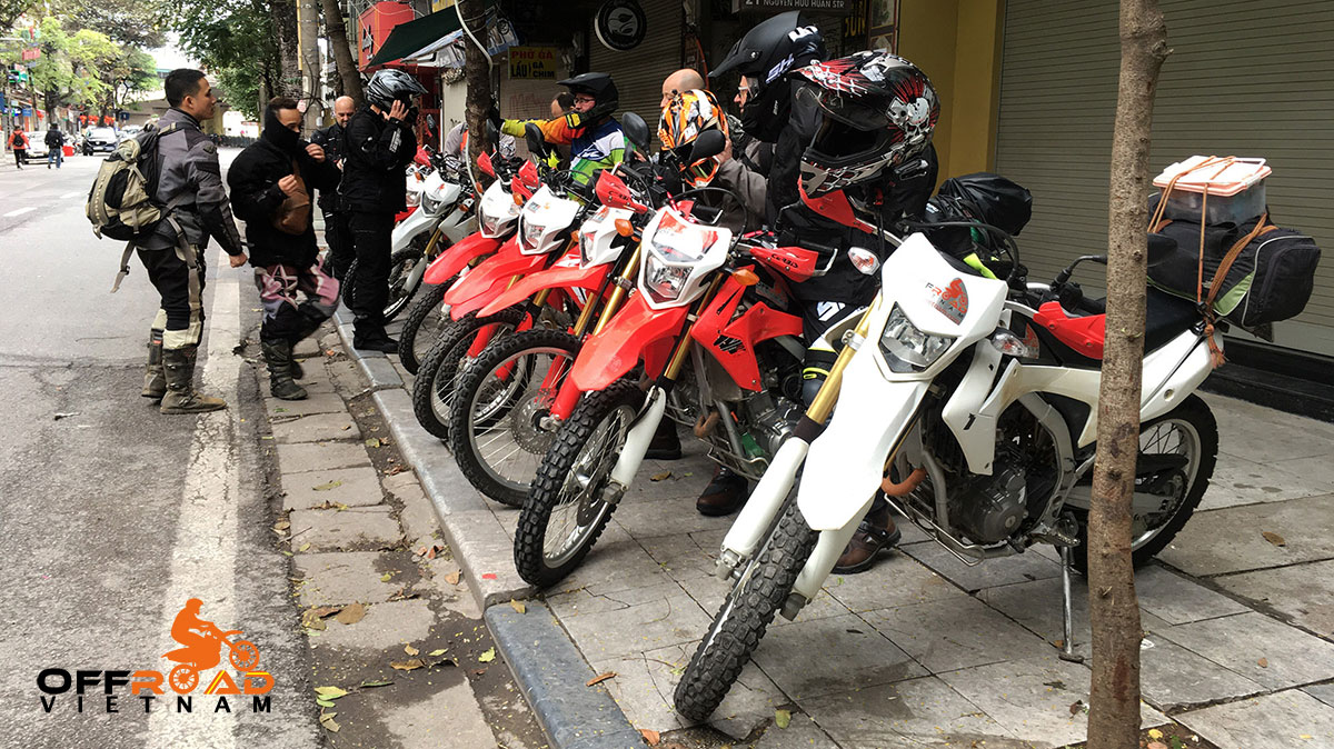 Offroad Vietnam Motorbike Adventures - Hanoi Dirt bike, Motorbike, Scooter & Motorcycle Rentals: Dirt bikes Honda XR125 before and after cleaning on guided and unguided trips.
