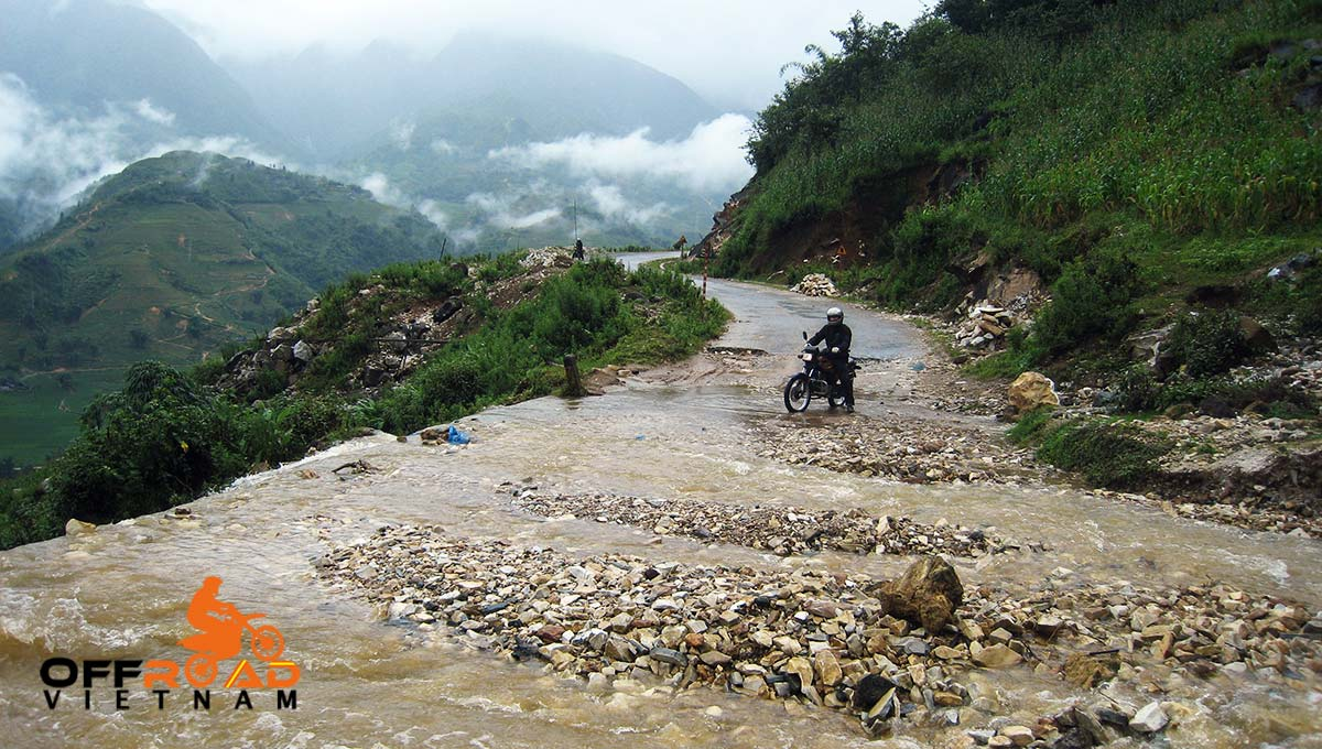 Offroad Vietnam Motorbike Adventures - Mr. James Brown's reviews of Central North Vietnam by motorbike.