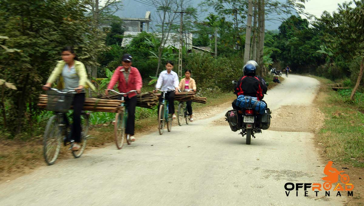 Offroad Vietnam Motorbike Adventures - Ms. Sophie Walters' Reviews. Vietnam motorbike tours, motorcycle tours in Vietnam. Here are Ms. Sophie Walters & Ms. Joanna King (England) on a North-Centre Vietnam motorbike tour. Ms. Sophie Walters & Ms. Joanna King's Reviews Of North-Centre Vietnam Motorbike Tour