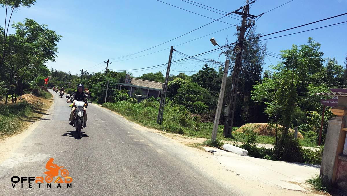 Offroad Vietnam Motorbike Adventures - Mr. Bruce Potts' Reviews (Australia), Ho Chi Minh trail motorcycle tour reviews in Vietnam