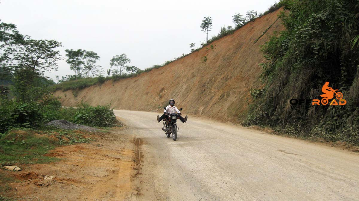 Offroad Vietnam Motorbike Adventures - Mr. Mike Misurka's motorbike reviews of Ho Chi Minh trail ride.