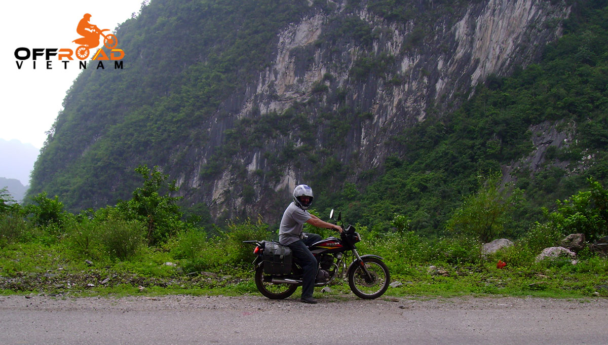 Offroad Vietnam Motorbike Adventures - Mr. Chris Bate's reviews of Northeast Vietnam motorbike tour.