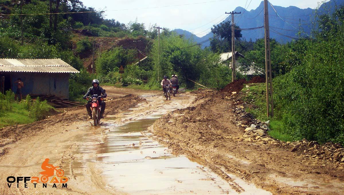 Offroad Vietnam Motorbike Adventures - Mr. Mark Caldecott's Reviews (Australia), Northwest Vietnam motorcycle tours reviews