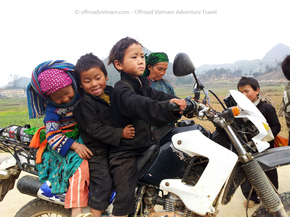 Offroad Vietnam Motorbike Adventures - Red River Delta In 3 Days Motorbike Tour With Home Stays In Song Thao and Vu Linh