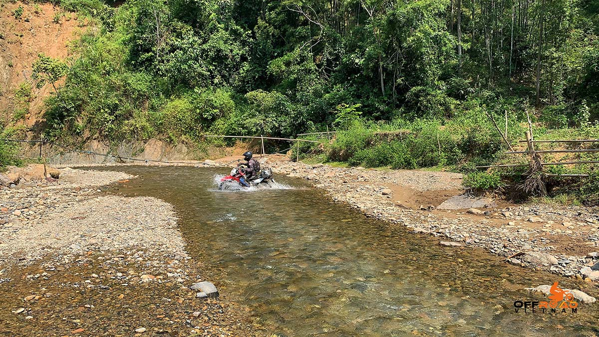 Offroad Vietnam Motorbike Adventures - North East ride in 6 days motorbike tour to Ba Be.