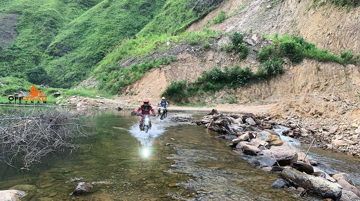 Offroad Vietnam Motorbike Adventures - North-west in 8 days notorbiking via Son La.